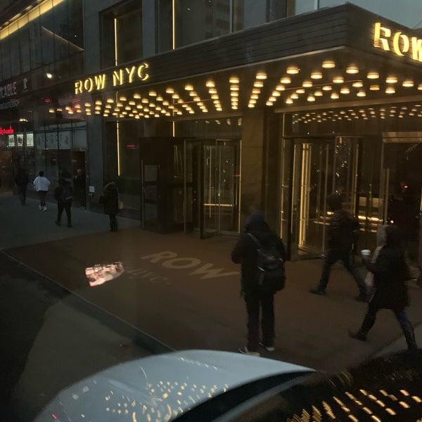 Foto tomada en Row NYC por Aorm J. el 1/7/2020