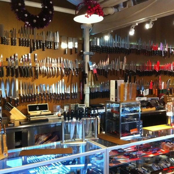 Das Foto wurde bei Bowery Kitchen Supplies von José Eduardo Ferreira J. am 12/28/2012 aufgenommen