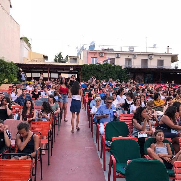 Photo prise au Cine Thisio par Nikos B. le7/24/2018
