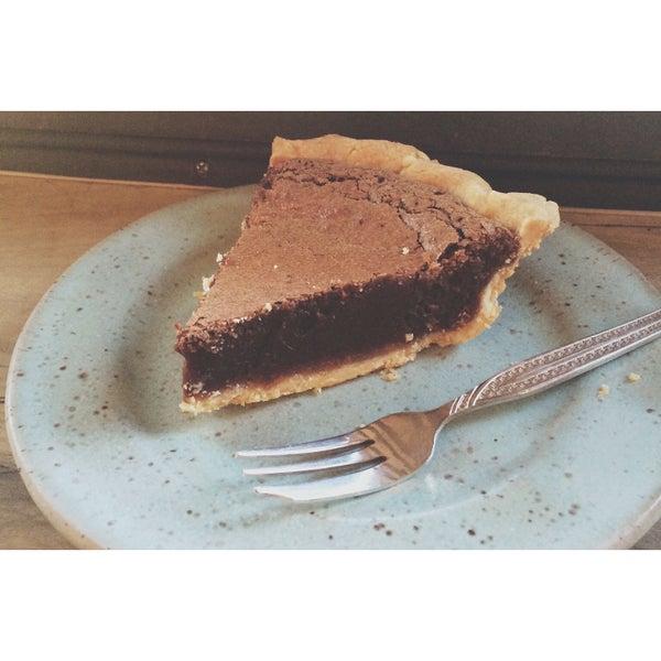Foto tomada en Petee's Pie Company por Petee's Pie Company el 6/30/2015
