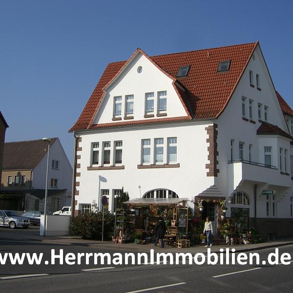 Das Foto wurde bei Herrmann Immobilien von Herrmann Immobilien am 3/3/2015 aufgenommen