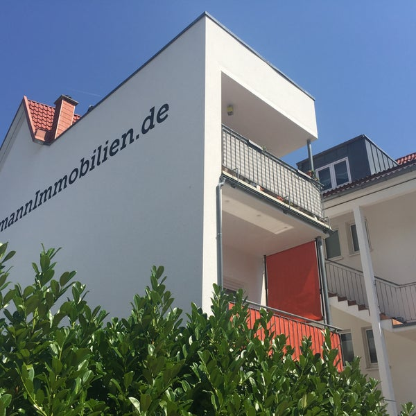 Foto tirada no(a) Herrmann Immobilien por Herrmann Immobilien em 8/18/2015