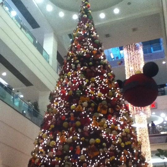 11/30/2012 tarihinde Ale. F.ziyaretçi tarafından Shopping Tijuca'de çekilen fotoğraf