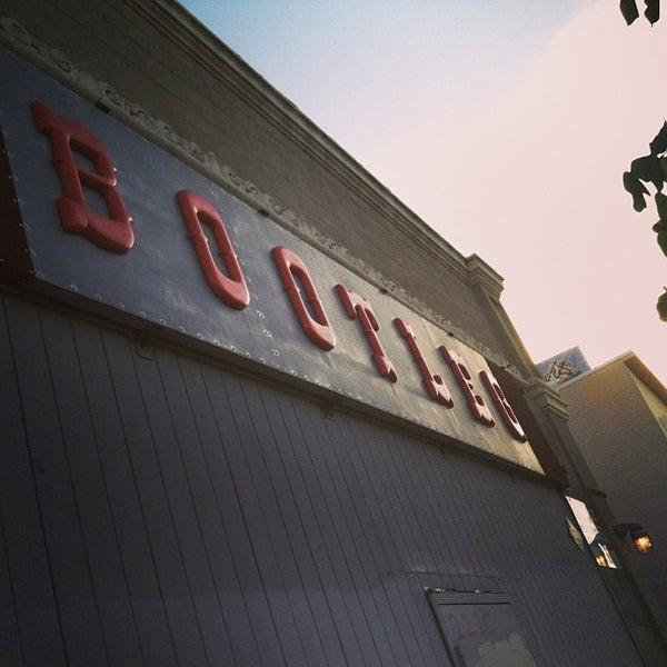 6/22/2013にNorman M.がBootleg Bar & Theaterで撮った写真