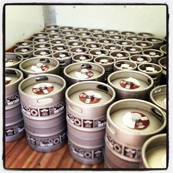 Снимок сделан в Kinetic Brewing Company пользователем Kinetic Brewing 7/24/2013