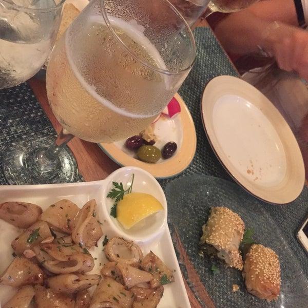 8/21/2016에 Stacey K.님이 Kellari Taverna에서 찍은 사진