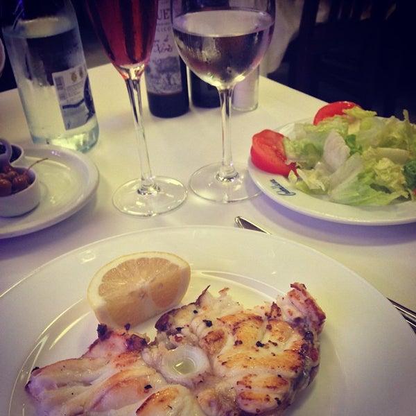 Foto tomada en Carballeira Restaurant por Maria el 9/28/2013