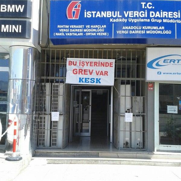 Nakil Vasitalar Bostanci Vergi Dairesi - Government Building