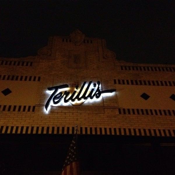 Foto tirada no(a) Terilli's por The Lovell Group em 9/7/2014