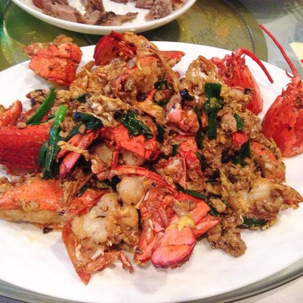 5/22/2014에 Michellee C.님이 Oriental Garden 福臨門海鮮酒家에서 찍은 사진