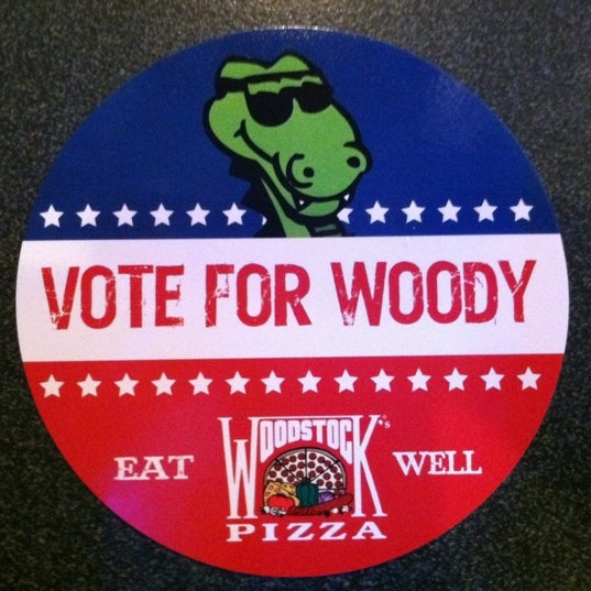 11/7/2012にJaclyn H.がWoodstock's Pizzaで撮った写真