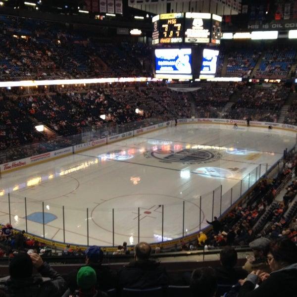 12/8/2013 tarihinde Brent S.ziyaretçi tarafından Northlands Coliseum'de çekilen fotoğraf