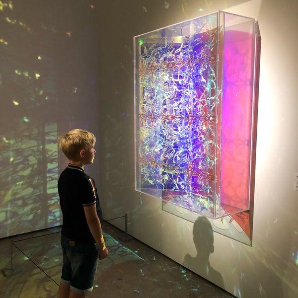 รูปภาพถ่ายที่ Espoo Museum of Modern Art (EMMA) โดย Uri S. เมื่อ 8/2/2019