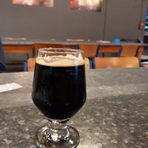 Foto diambil di Night Shift Brewing, Inc. oleh Jim P. pada 1/16/2020