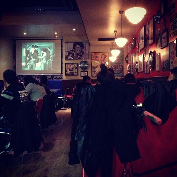 Foto scattata a Bernie's Diner da Max D. il 3/29/2013