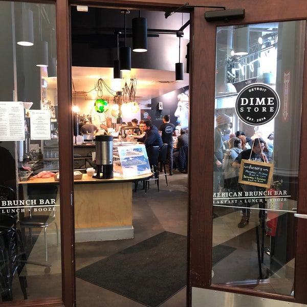 11/3/2017 tarihinde Roger E.ziyaretçi tarafından Dime Store'de çekilen fotoğraf