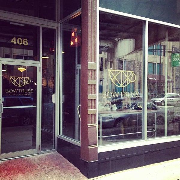 Photo prise au Bow Truss Coffee par Justin B. le2/11/2013