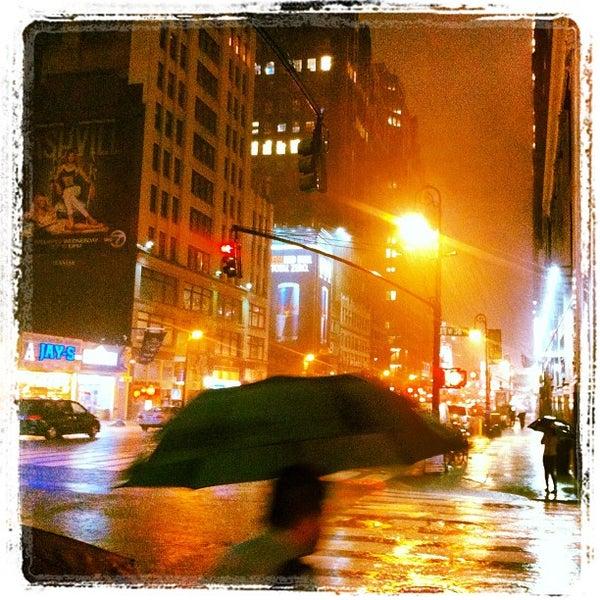 Foto diambil di Wyndham New Yorker oleh Антон Г. pada 9/20/2012