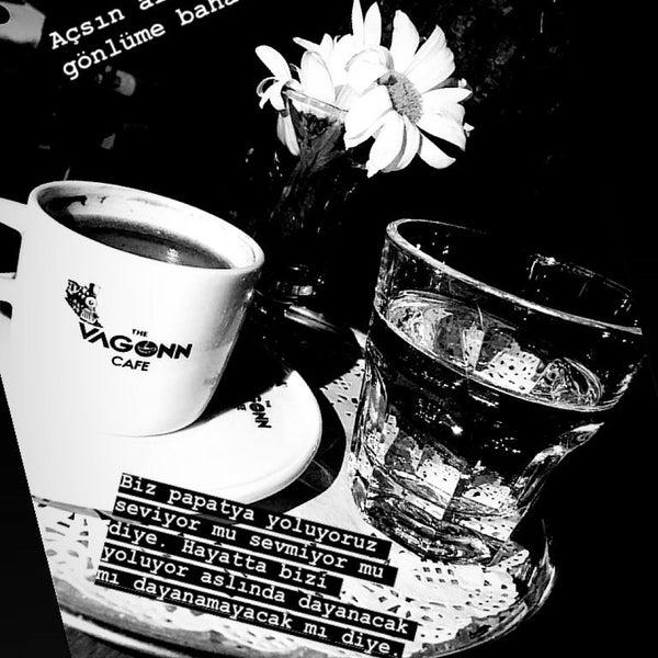 1/12/2020 tarihinde KüBRa EKiCi⛔️ziyaretçi tarafından The VagoNN Cafe'de çekilen fotoğraf