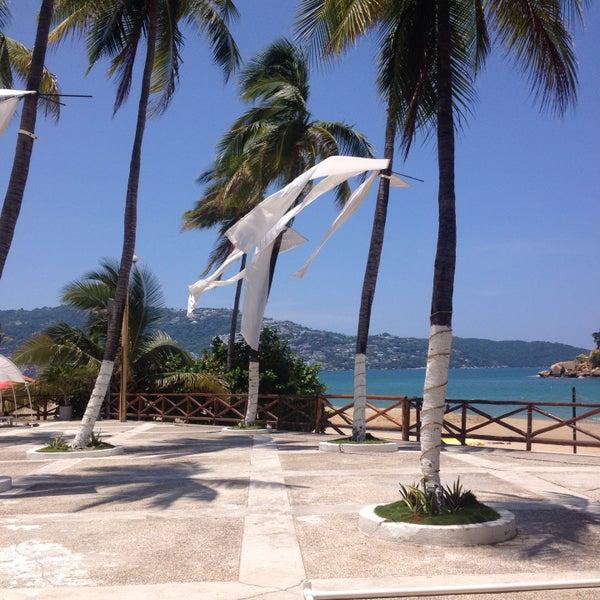 Photos At Terraza Emporio Beach