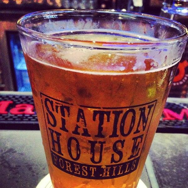 Foto tomada en Forest Hills Station House por Crisy B. el 9/11/2013