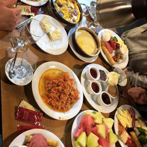 5/23/2018 tarihinde Melih B.ziyaretçi tarafından Has Konya Mutfağı'de çekilen fotoğraf