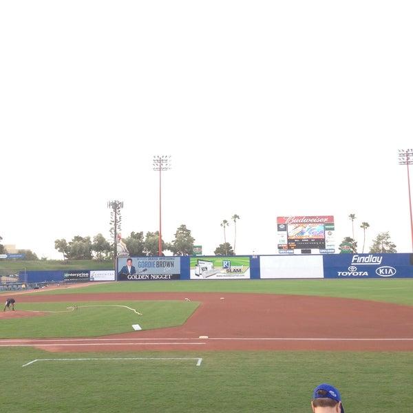 Photo prise au Cashman Field par KUGENUMAN le4/16/2013