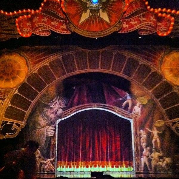 Foto diambil di Dolby Theatre oleh Ian C. pada 10/18/2012