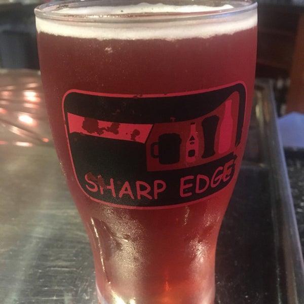 10/8/2017에 Jack G.님이 Sharp Edge Beer Emporium에서 찍은 사진