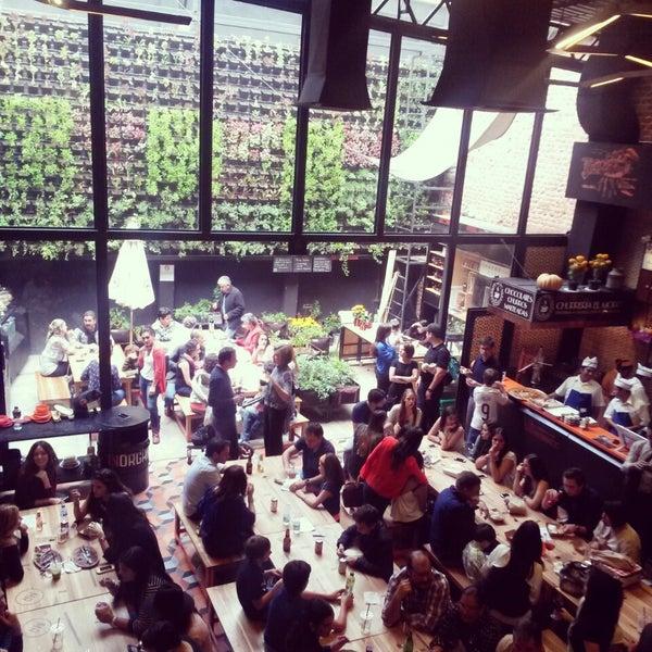 10/11/2014에 Aria R.님이 Mercado Roma에서 찍은 사진