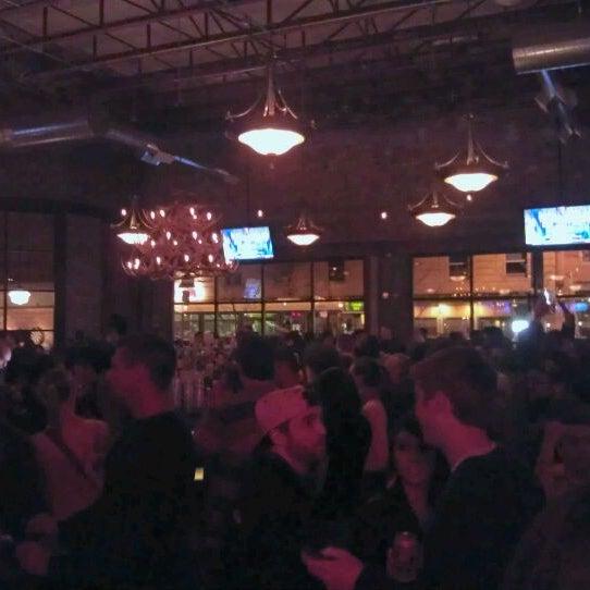 2/9/2013에 Angel A.님이 Punch Bowl Social에서 찍은 사진
