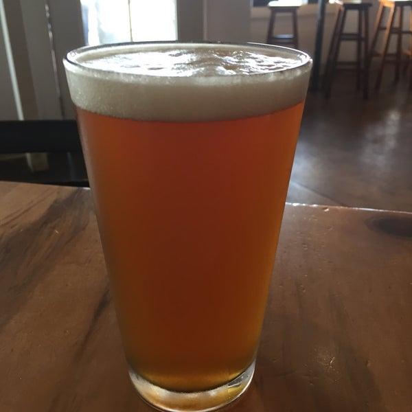 4/13/2019にScott A.がKauai Beer Companyで撮った写真