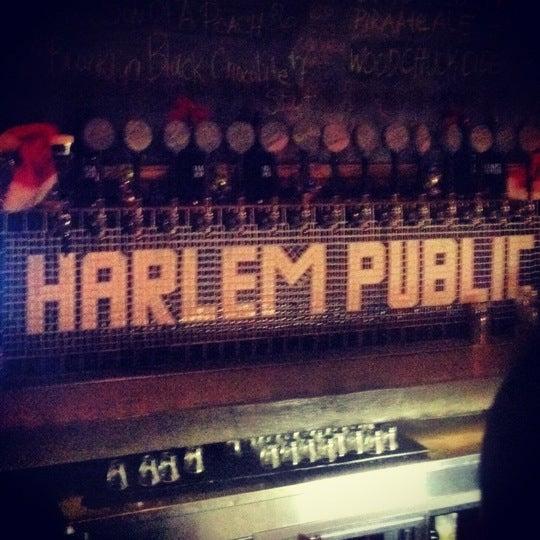 รูปภาพถ่ายที่ Harlem Public โดย Michael K. เมื่อ 12/15/2012