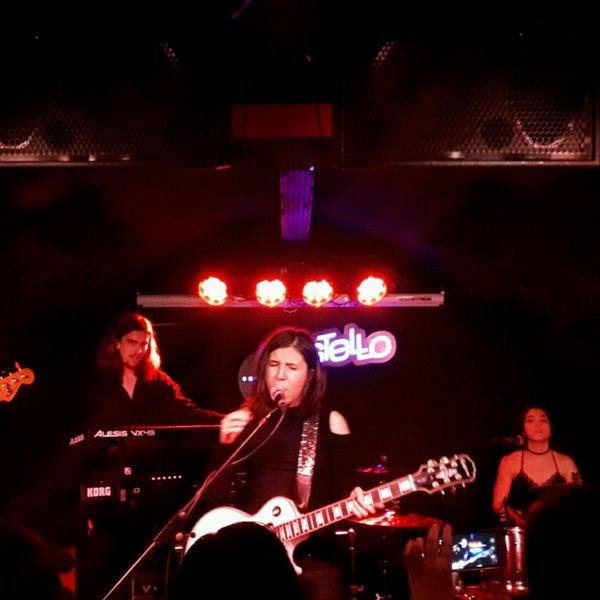 Foto tirada no(a) Costello Club por Manuel G. em 12/29/2016
