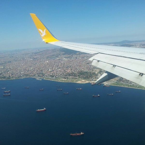 Снимок сделан в Аэропорт Стамбул им. Сабихи Гёкчен (SAW) пользователем Caner Ü. 7/24/2013