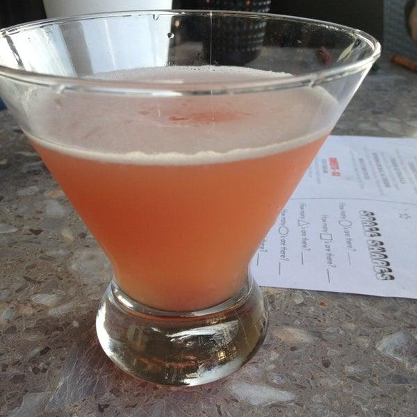 3/15/2013에 Sylvia K.님이 Red Sky Tapas & Bar에서 찍은 사진