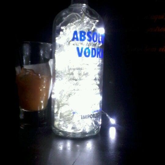 Foto diambil di Absolut Inn oleh Carla G. pada 10/14/2012