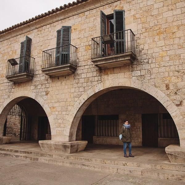 Photos At Placa Dels Jurats Girona Cataluna