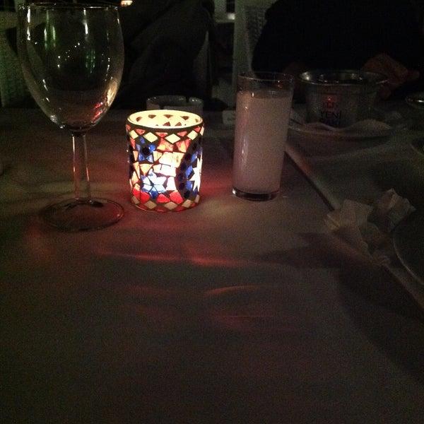 Foto diambil di Yelken Restaurant oleh Melissa M. pada 4/28/2013