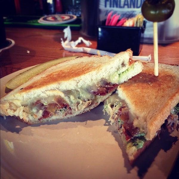 Foto tirada no(a) Hammontree's Grilled Cheese por Leslie K. em 11/24/2012