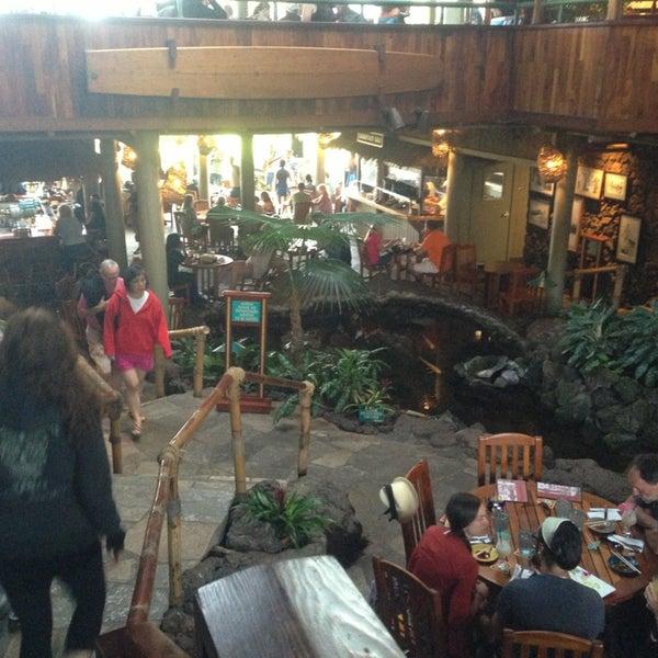 3/11/2013에 Chad L.님이 Duke's Kauai에서 찍은 사진