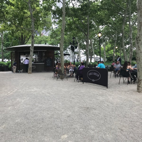 Photo prise au Table Green Kiosks par Myra W. le6/18/2018