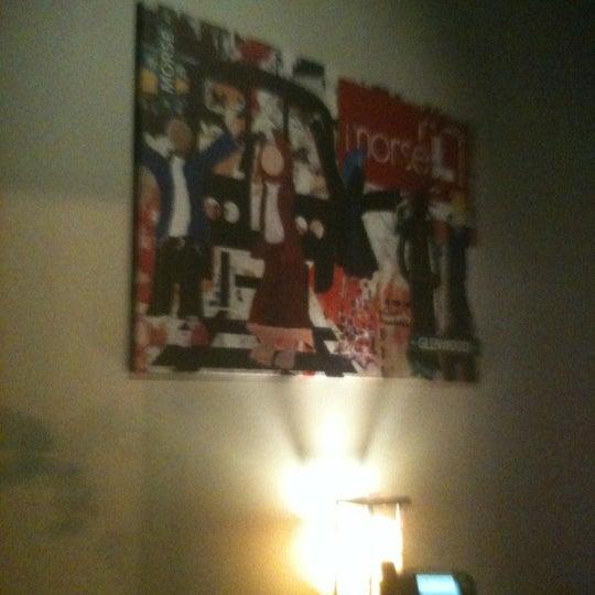 Das Foto wurde bei MorseL von Larry P. am 12/7/2012 aufgenommen