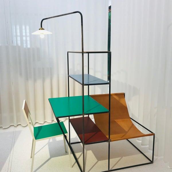รูปภาพถ่ายที่ Design Museum Gent โดย Neşe A. เมื่อ 4/9/2019