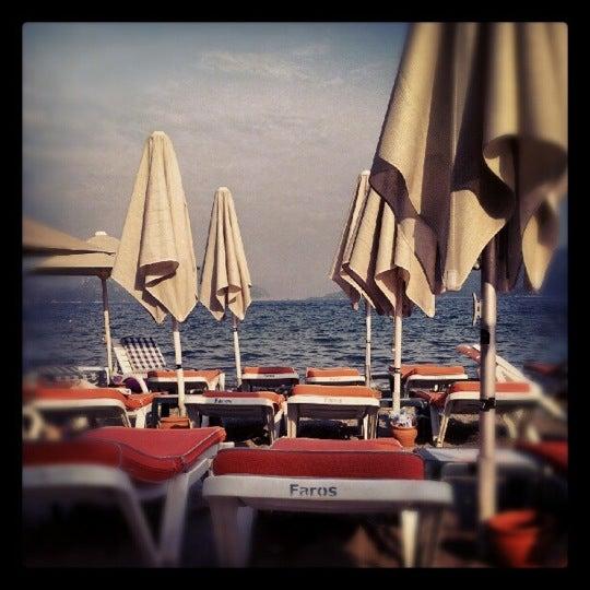 Photo prise au Vamos Beach par idris A. le11/16/2012