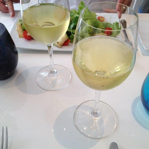 Foto tirada no(a) MIMO Restaurante por Michele S. em 2/21/2014