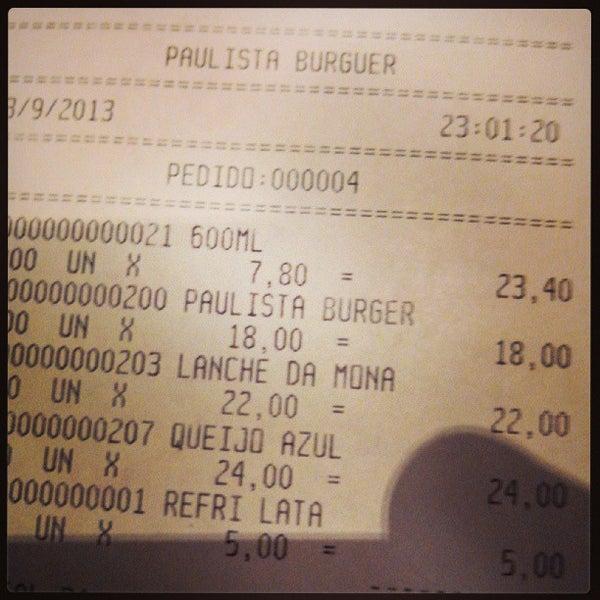 รูปภาพถ่ายที่ Paulista Burger โดย Bru O. เมื่อ 9/14/2013