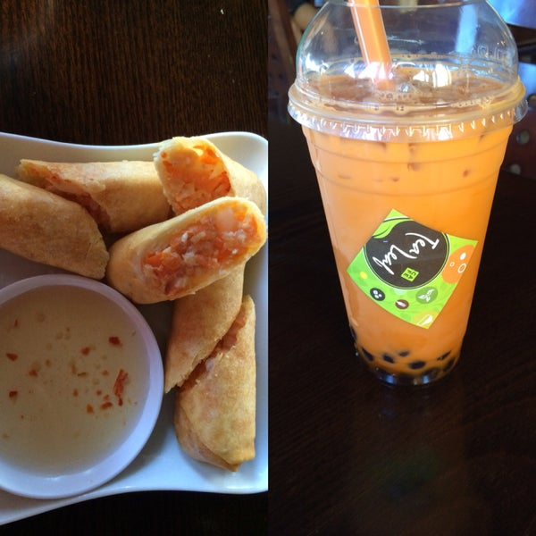 Thai Bubble Tea and Chicken/Vegetable Spring Rolls!! AwesomeSauce!! 💜💚❤️💙💛