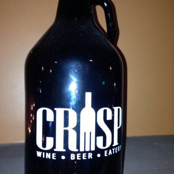 Foto tomada en Crisp Wine-Beer-Eatery por Andy M. el 12/21/2012