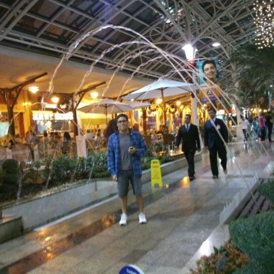 12/22/2012 tarihinde Ana Lucia M.ziyaretçi tarafından Shopping Estação'de çekilen fotoğraf
